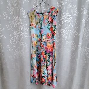 Like new!   NEW YORK AND COMPANY FLORAL DESS!
